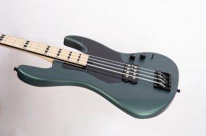 basgitara wild cat bass detail3