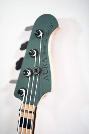 wild cat bass detail